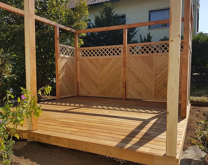 Sichtschutz aus Holz im Garten | Holz Pirner Pommelsbrunn