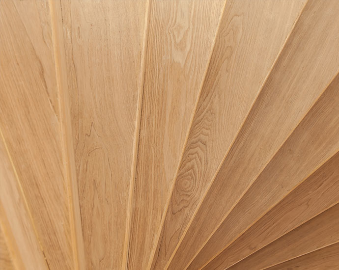 Wohnen mit Holz | Treppenbeläge | Holz Pirner Pommelsbrunn