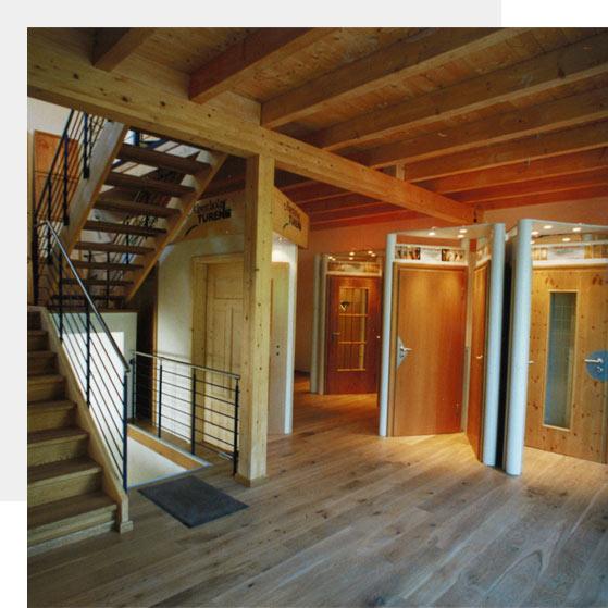Die Ausstellung von Holz Pirner im Jahr 2005 | Geschichte | Holz Pirner GmbH, Pommelsbrunn